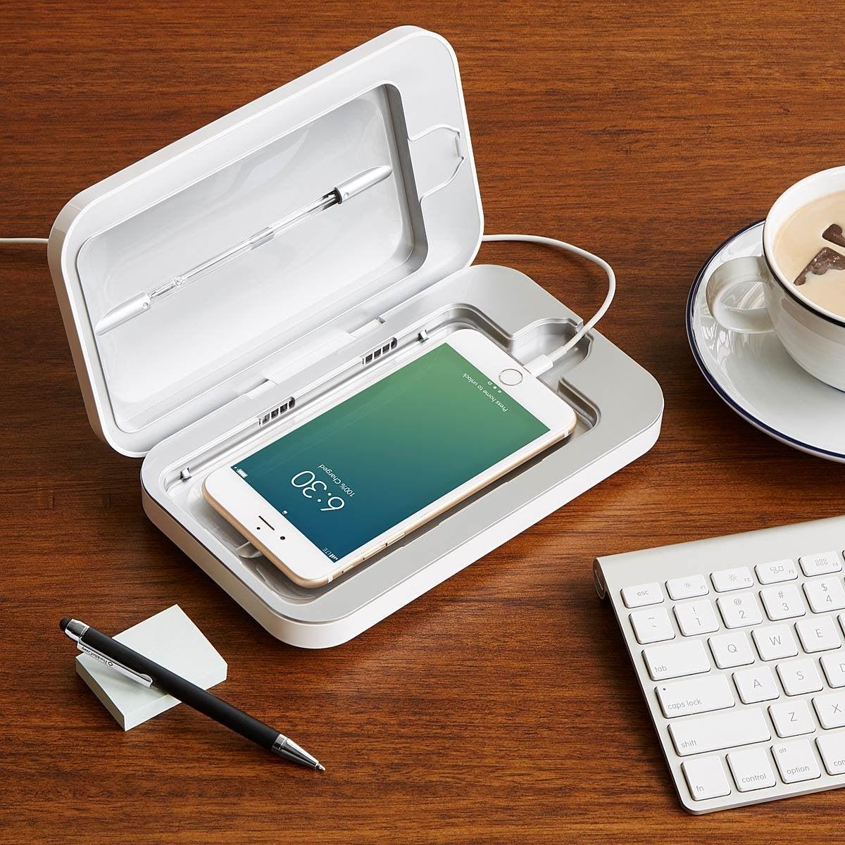 Wetekit Smartphone Sanitizer